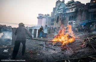 Hindu cremations in Manikarnika Ghat